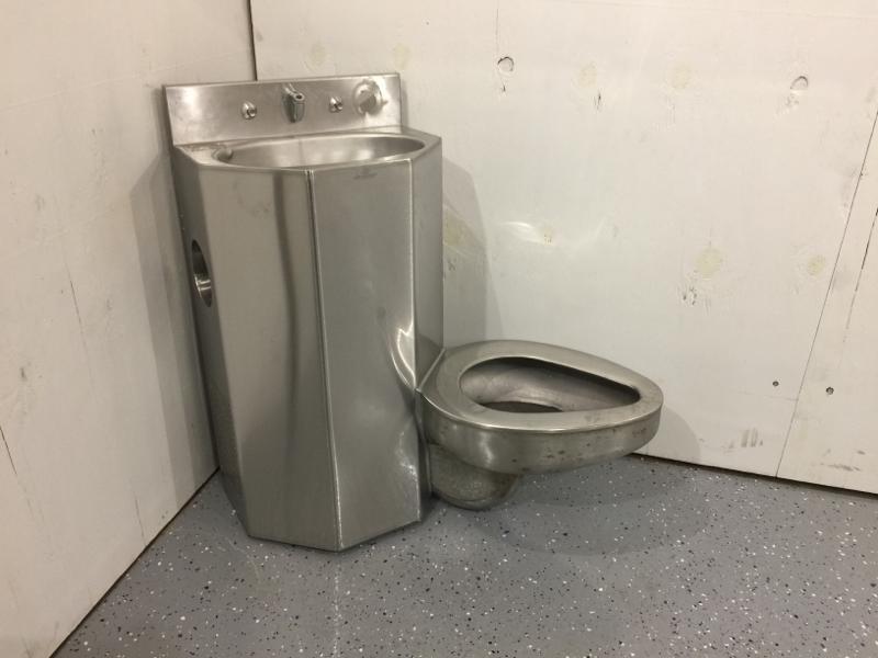 Lcw Props Atlanta Prison Toilet And